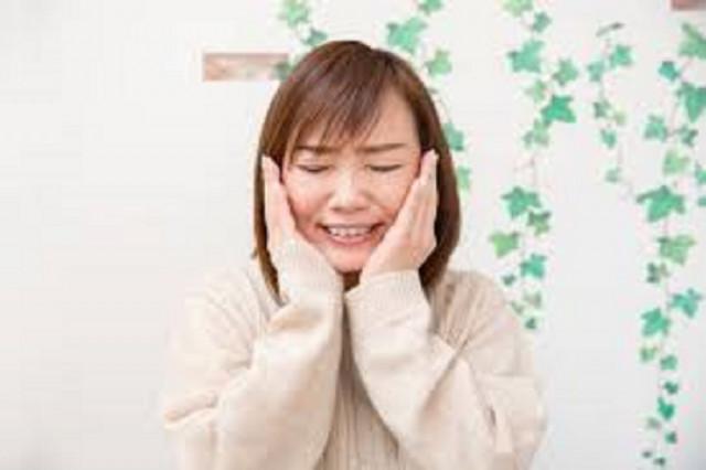 1ヶ月前から噛んだ時に痛い顎の痛みと首こり